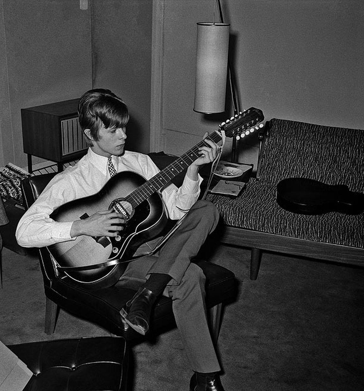 David Bowie 19 éves korában
