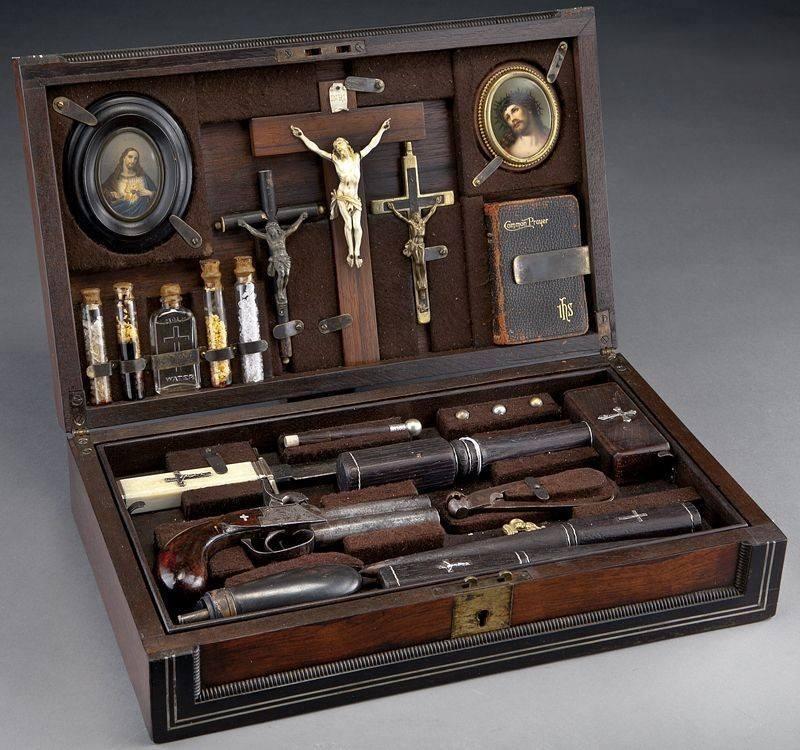 Vámpírölő szett a 19 század végéről