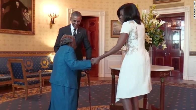 106 éves néni táncolt Obamáékkal a Fehér Házban