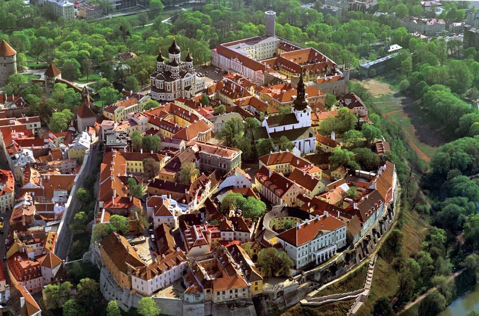 Tallinn belvárosa nyáron