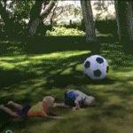 Apa játszik