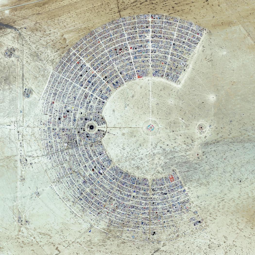A Burning Man fesztivál a nevadai sivatagban (USA)