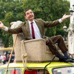 Így ünnepelte a sorozat 25. születésnapját  Rowan Atkinson. A fotó 2015-ben készült Londonban a királyi palota előtt.